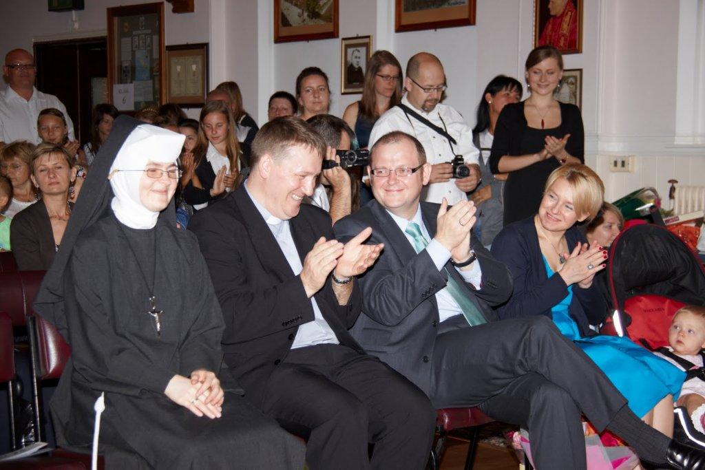 zakonczenierokuszkolnego2010.003